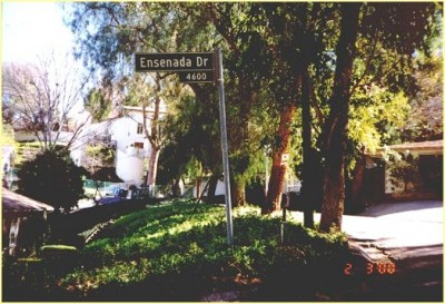 Ensenada Drive road sign