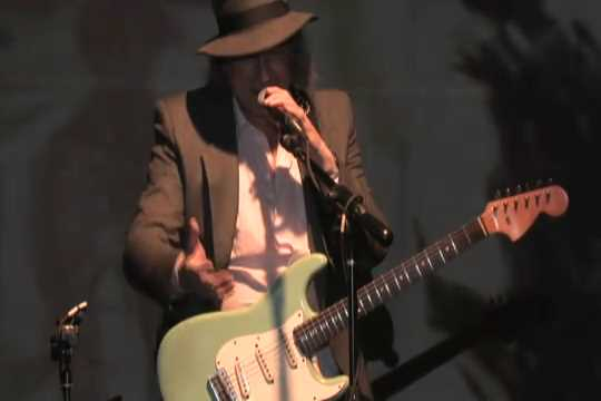 Gary Lucas from Symposium - (Part 2 of 2).flv_20151023_192352.528